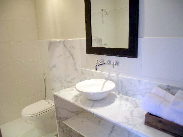 Banheiro da 2ª suíte