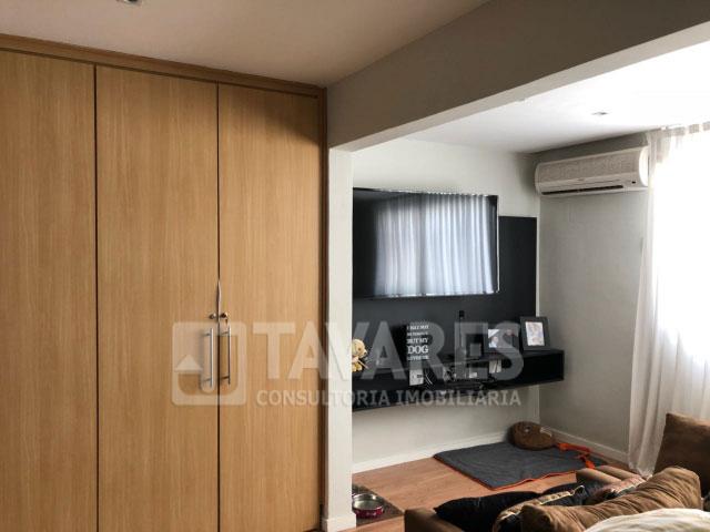 08-suite
