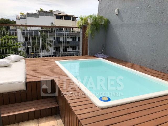 17-piscina-com-deck