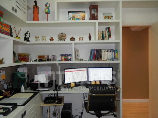 primeiro quarto (escritorio) (2)
