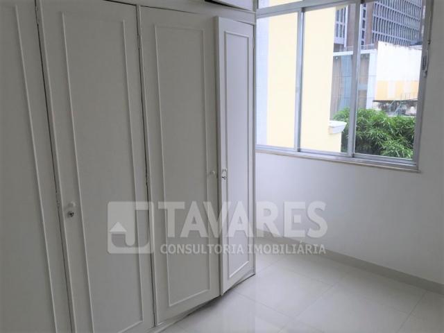 quarto com armarios (1).